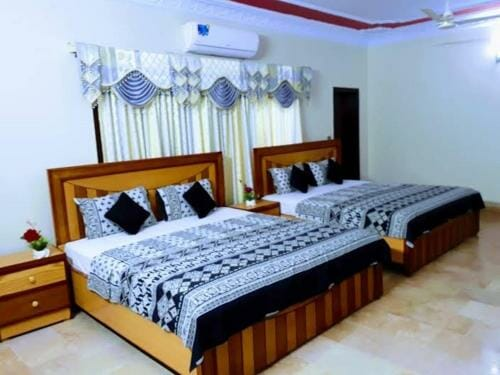 Hotel in karachi