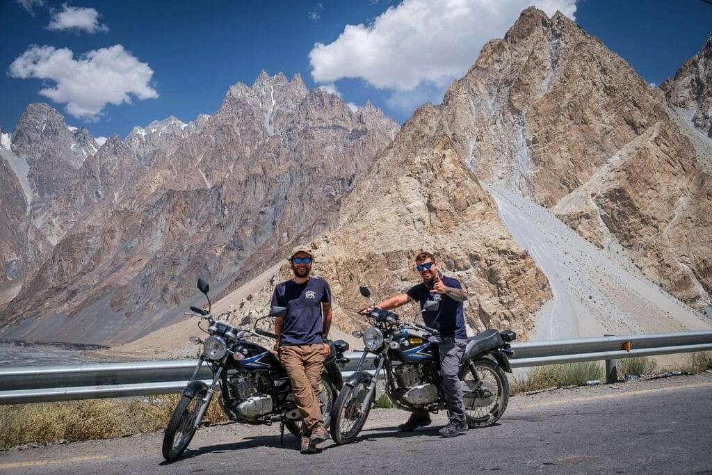 backpacking pakistan travel guide