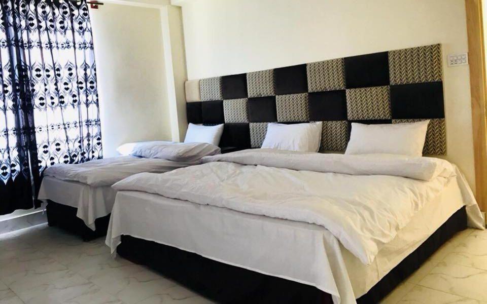 best cheap hotels in Naran